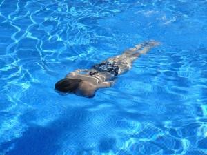 Mit Restube Airbag Schwimmen gehen bedeutet zusätzlichen Schutz